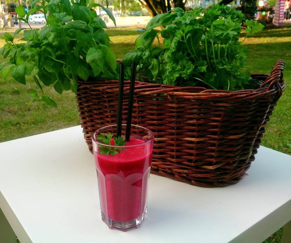 SMOOTHIES - świeże koktajle warzywne i owocowe (330 ml)