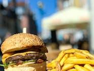 Burger miesiąca + frytki ze skórką 200g
