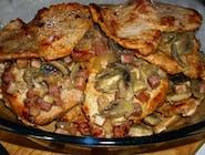 Sznycel wieprzowy z pieczarkami i cebulką