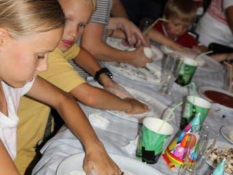 W  naszym lokalu każde dziecko może samo zrobić swoją pizzę