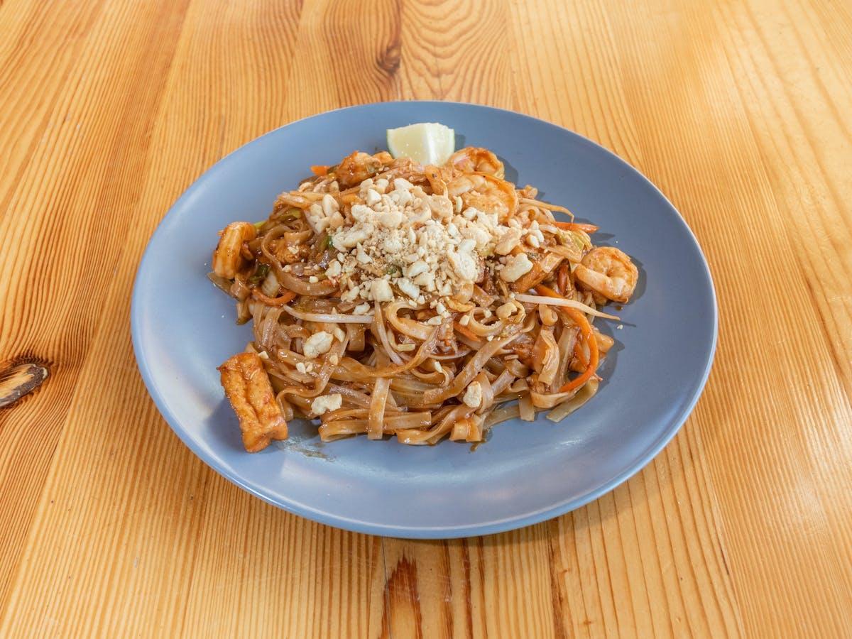 Smażony Pad Thai- makaron ryżowy z sosem tamaryndowca