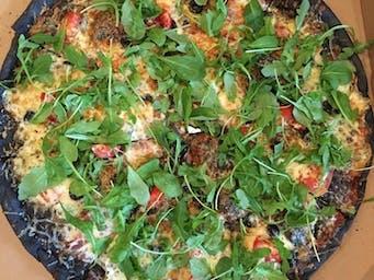 Czarna Pizza