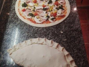 Pizza klasyczna i calzone