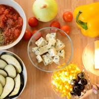 Do każdej pizzy możesz dobrać swój ulubiony składnik lub sos zupełnie za darmo!