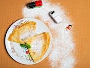 Naleśniki z serem i ze śmietaną