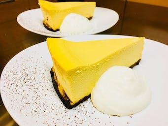 Sernik mango