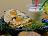 Pyra z pieca z jajkami sadzonymi + kefir