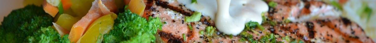 Wieprzowina Każde danie podawane jest z ryżem i surówką