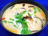 Tajska zupa Tom Kha Gai
