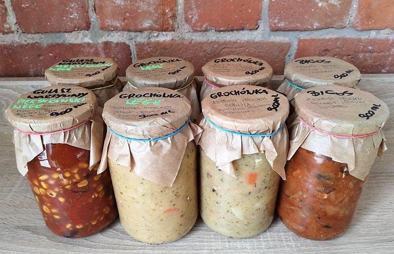Potrawy wekowane w słoikach i wyroby garmażeryjne