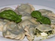 Pierogi ze szpinakiem i serem