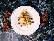 Linguine ai pomodorini secchi e peperoncino fresco