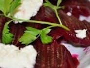 Salată de sfeclă roșie și hrean