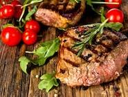 Grillowany stek z argentyńskiej polędwicy wołowej/ masło czosnkowe