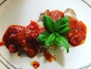 Polędwiczki wieprzowe / mozzarella / pomidory