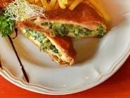 Pierś z kurczaka zagrodowego /  szpinak / mozzarella / śmietana
