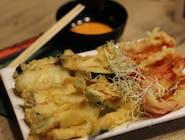 Zestaw z warzywami i kimchi
