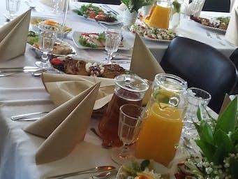 Catering na przyjęcie z okazji I Komunii Świętej w domu klienta