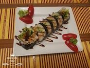 Krewetka w tempurze, awokado, sałata, szczypior, serek