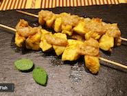 Satay z kurczaka w sosie orzechowym