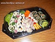 Patera nr.15  Mix Roladki ze szpinakiem i łososiem, galantyny drobiowe, szynki z sałatkami i szparagami 25szt
