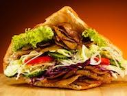 Kebab w bułce średni
