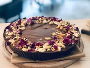 Tarta z musem czekoladowym  z praliną orzechową