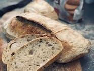 Domowy chleb pszenny na zakwasie