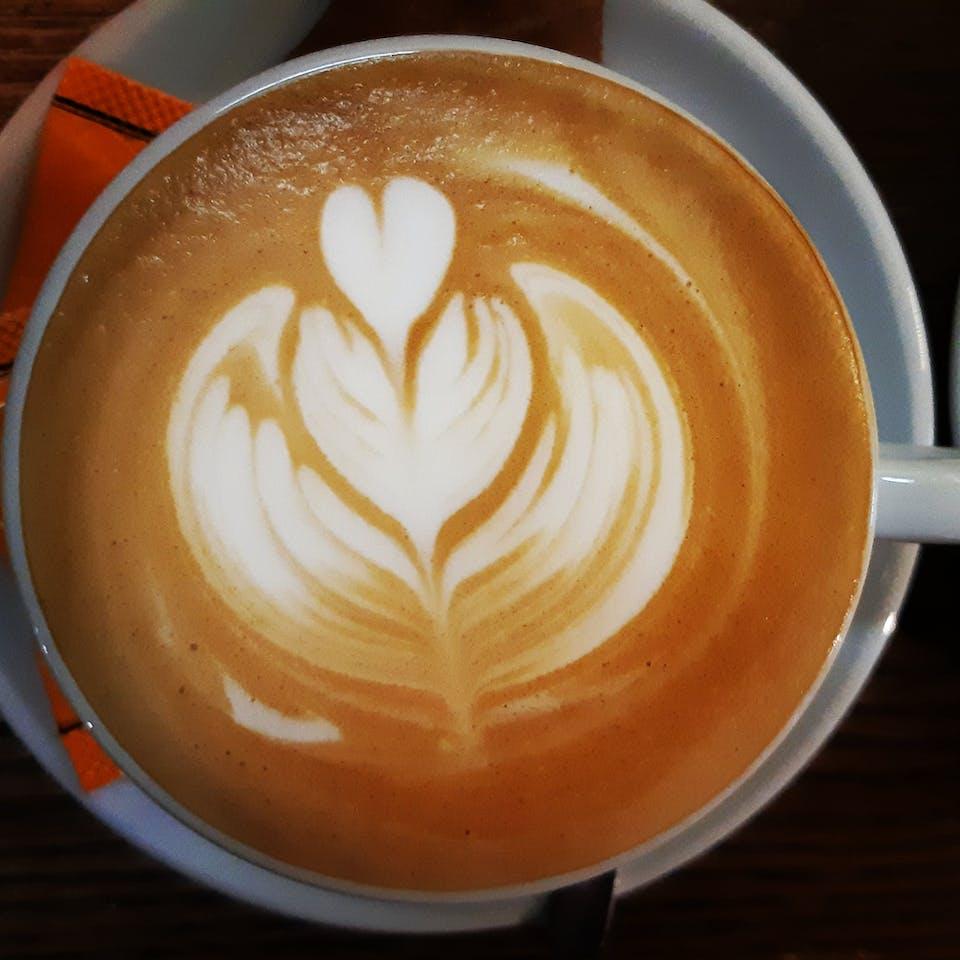aromatyczna kawa SAULA<br>100% Arabica<br>
