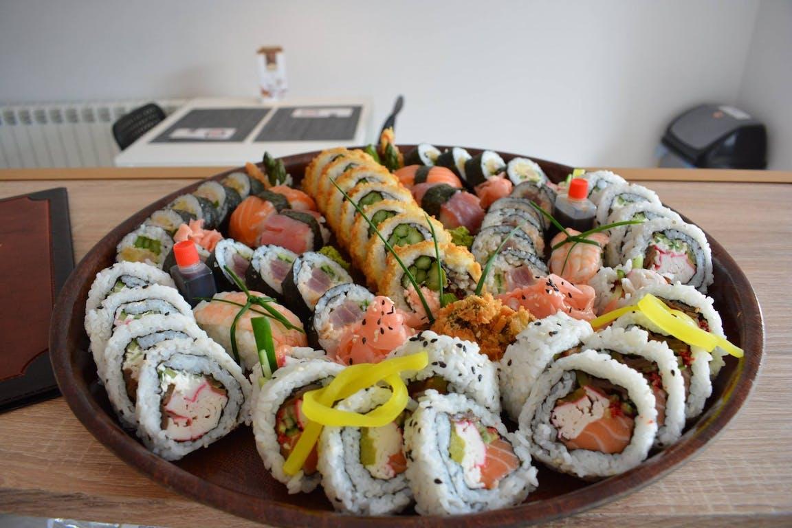 Restauracja Japońska łódź Sushi Zone Sushi Na Dowóz