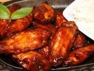 Skrzydełka z kurczaka BBQ w sosie miodowym
