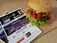 Kebab Burger z grillowanymi warzywami