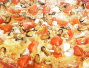 12. Pizza Frutti di mare veľká (1,7,12)