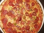 20. Pizza Diavola veľká (1,7,12)