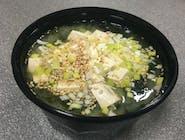 Japońska zupa miso z tofu