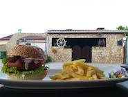 Mali riblji burger s prženim krumpirićima