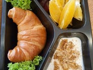 croissant na słodko + jogurt pitny gratis