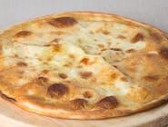 Focaccia con Mozzarella (włoski placek z mozzarella)