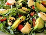Salată cu rucola și gorgonzola