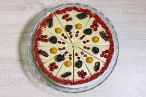 Marhuľovo-pistáciová raw torta