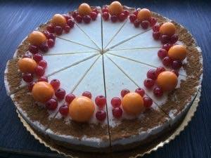 Mrkvovo-škoricový raw cake 25cm