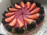 Raw cake s lesným ovocím 25cm