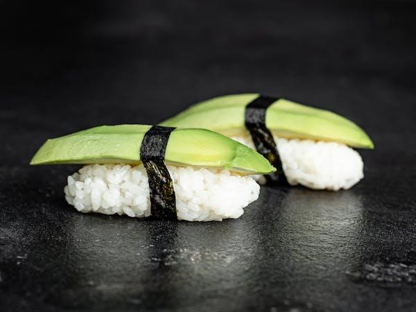 Nigiri awokado