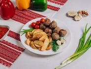 Frykadelki smażone+ziemniaki po-kozacku