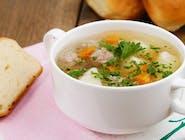 Zupa z frykadelkami