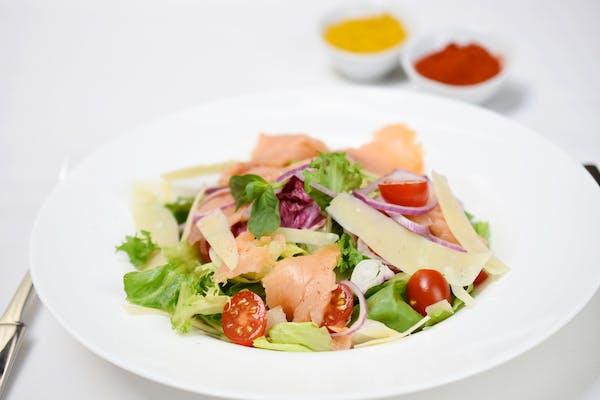 Salată Caesar pui