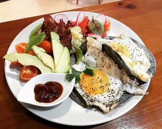 Śniadanie z Megustas