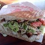 Kebab na grubym cieście z serem(podwójny) i 500 ml napojów