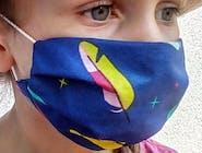 Maseczka bawełniana dla dzieci granatowa z piórkami