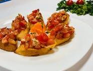 Bruschete cu roșii și usturoi